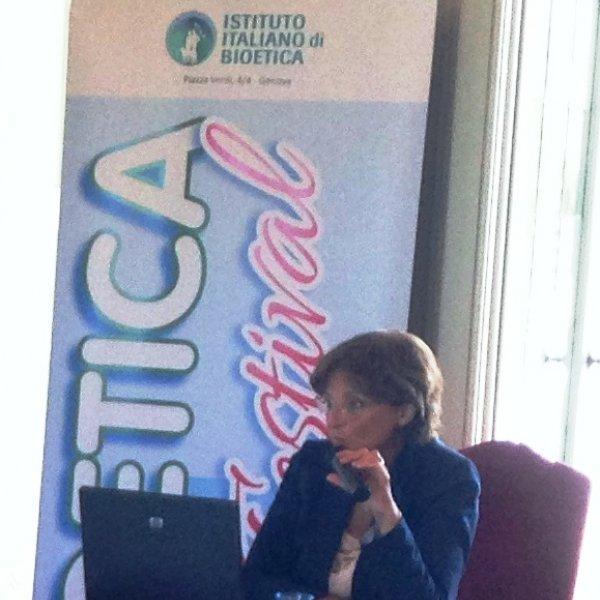 Agnese Camilli: un incontro ravvicinato con Bioetica, Biosicurezza e Biotecnologie